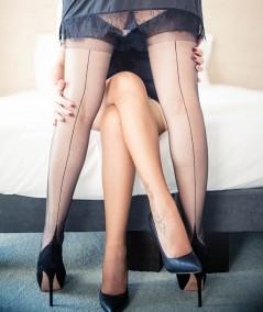 bas couture noir La Dame de France, un bas  nylon de qualité pour de belles jambes