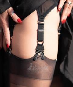 jarretelles réglables en Y 2cm avec attaches métalliques pour serre taille la dame de france