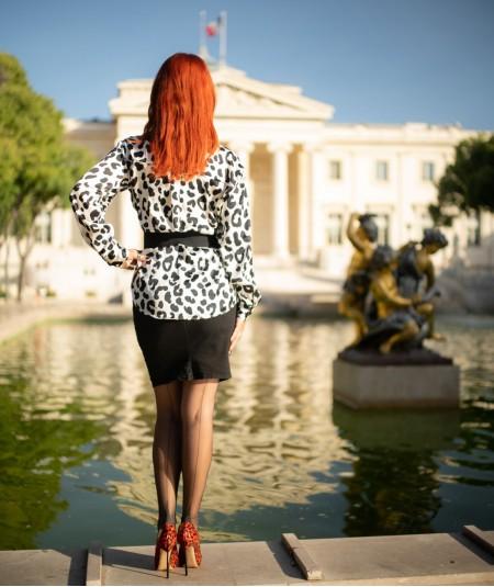 femme en bas nylon la dame de France